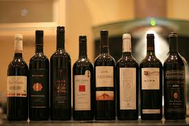 Dekoratív boros üvegek